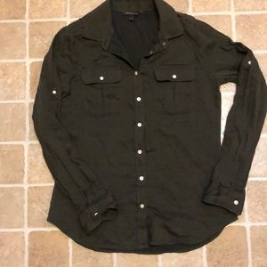 Banana republic Size small button down blouse